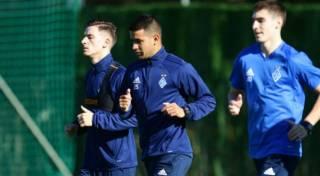 В Испании футболистов «Динамо» взяли «штурмом»