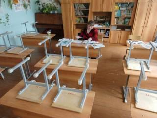 В Украине массово закрываются школы. Киев и область пока держатся