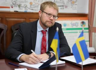 Посол Швеции: Антикоррупционный суд мог бы укрепить доверие украинцев к государственным структурам