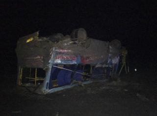 На Херсонщине грузовик влетел в пассажирский автобус
