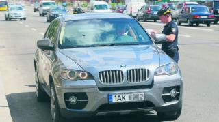 Более половины автомобилей на еврономерах находятся в Украине нелегально