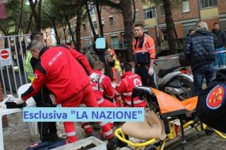 В Италии мотоциклист открыл стрельбу по прохожим, есть пострадавшие