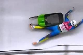 Украинскому спортсмену на ОИ-2018 пришлось выпасть из самодельных саней, чтобы расшевелить Минспорта