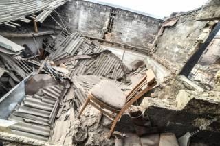 В центре Одессы обрушился жилой дом. Под завалами оказалась старушка