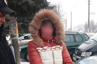 На Хмельнитчине судимая за распространение порно женщина хотела «сдать в аренду» попрошайкам своего сына