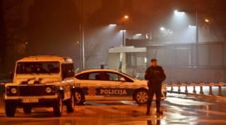 В Черногории смертник безуспешно пытался подорвать посольство США
