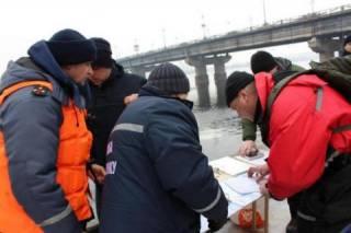 В Киеве из Днепра вытащили тело женщины. Возможно, это пропавшая студентка