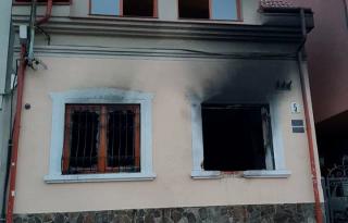 В Ужгороде второй раз за месяц подожгли офис союза венгров
