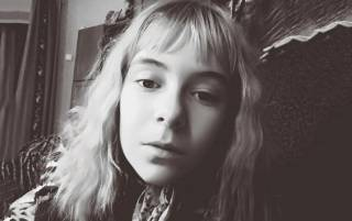 На Хмельнитчине 12-летняя девочка свела счеты с жизнью, насмотревшись фильмов со сценами повешения