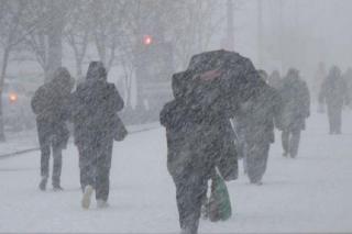 Завтра Украину накроет новая волна метелей и снегопадов