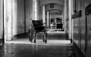 В психбольнице на Прикарпатье пациентов лечат в антисанитарных условиях и кормят на 15 грн в день
