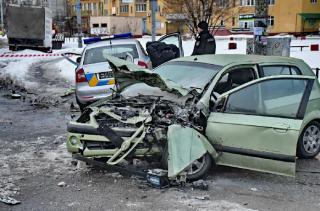 В Киеве пьяный водитель протаранил полицейский автомобиль