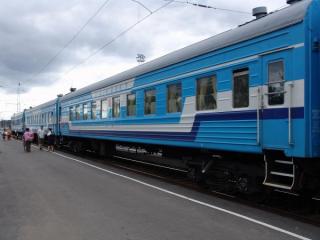 В поезде Одесса-Киев пьяный полицейский открыл стрельбу по попутчикам