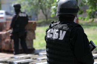 Сотрудники СБУ пришли с обыском к известному киевскому журналисту