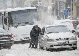 Из-за непогоды понедельник в Киеве могут сделать выходным днем