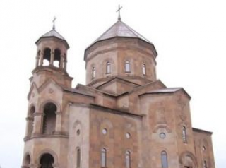 Католикос Гарегин II освятил новую армянскую церковь в Днепре