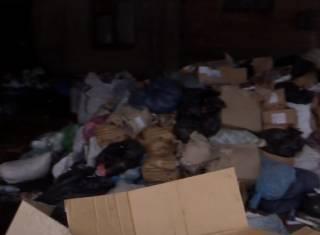«Видели руку, видели ногу»: в Запорожье на складе более двух месяцев хранились тонны медицинских отходов
