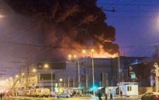 В Кемерово заживо сгорели не менее 350 человек. Родные погибших обвиняют власти во лжи