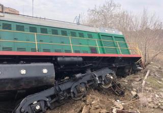В Одесской области с высоты упал поезд с зерном