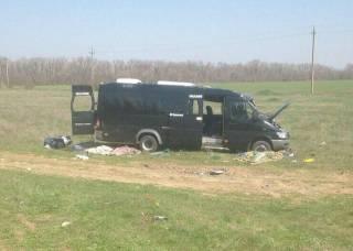 Пять человек погибли в результате столкновения маршрутки и поезда в Крыму
