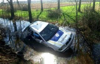 На Закарпатье пьяные полицейские на служебном авто попали в серьезную аварию