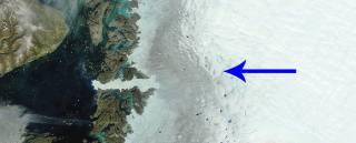 В Гренландии постоянно увеличивается «темная» зона, что грозит миру потопом