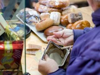 Покупательная способность украинцев стремительно падает