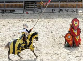 Не пропустите увлекательную шоу-программу «Рыцарские бои в Древнем Киеве»