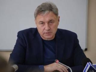 Гарбуз: Еще пару лет – и в Луганске пустыня будет, вся молодежь из области уедет, ни один завод уже не запустим