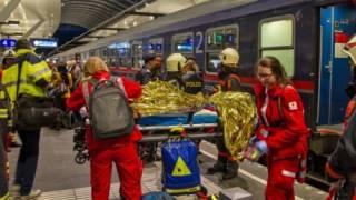 В Зальцбурге локомотив протаранил поезд. Более 50 пострадавших