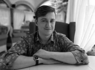 Денис Скорбилин: Русский язык может и должен быть оружием против Путина