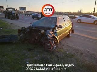 Серьезное ДТП на Набережной: автомобиль уничтожен, есть пострадавшие