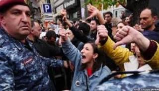 Бортник: Реальное противостояние в Армении еще даже не началось