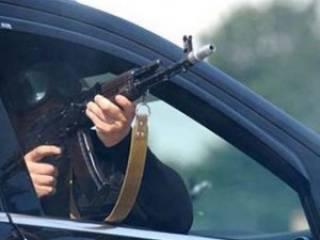 В Киеве обстреляли джип бизнесмена, который поставляет бензин полиции и Госуправлению делами