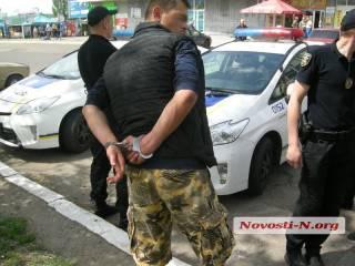 В суровом Николаеве пьяные военные устроили стрельбу прямо на вокзале