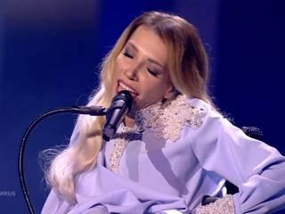 Не попала в ноты, тему и финал: соцсети обсудили провал на Евровидении россиянки Самойловой