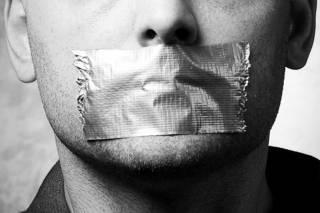 В Украине опять хотят заткнуть рот свободе слова