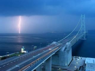 Политический обозреватель из США призвал Украину «взорвать Крымский мост Путина»