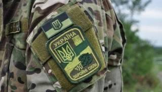 Во Львовской области прямо в военном городке застрелили начальника караула