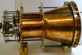 Оказалось, что двигатель, нарушающий закон физики, не работает