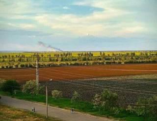 Донецкие боевики массированно обстреляли пригород Мариуполя