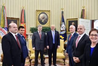 Адвокат Трампа получил от людей Порошенко деньги перед встречей президентов в Белом доме, – ВВС
