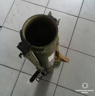 В Мариуполе психически больной мужчина выстрелом из гранатомета повредил детскую амбулаторию