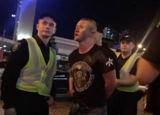 В Киеве избили фанатов «Ливерпуля». Английские СМИ сравнили нападавших со «стаей собак»