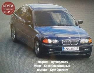 На Академгородке в Киеве неизвестные с автоматами угнали авто на «евробляхах»