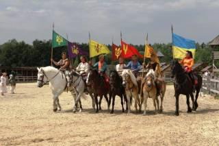 Под Киевом состоится показ уникальной коллекции лошадей и пройдет фестиваль детского и молодежного творчества «Славница»