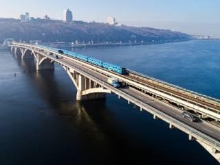 «Ограниченно работоспособный»: мосту Метро в Киеве дали еще четыре года «жизни»
