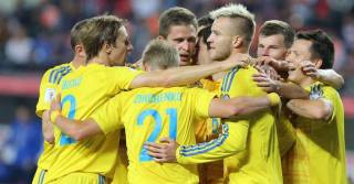 Сборная Украины по футболу рухнула в рейтинге сильнейших команд мира