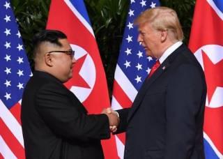 «Забавный и очень умный стратег». Трамп пригласил Ким Чен Ына в США и может прилететь в Пхеньян