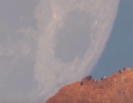 Сеть удивило видео заката «гигантской» Луны